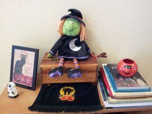 HalloweenBookcase
