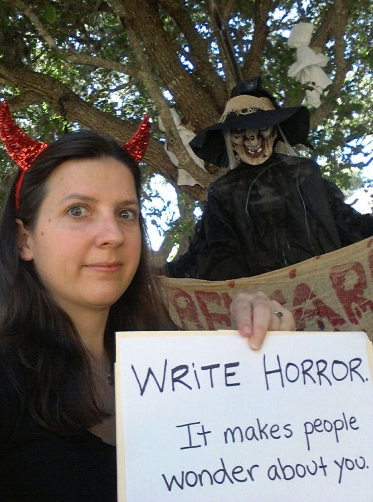My Horror Selfie - http://horrorselfies.com/carie-juettner/